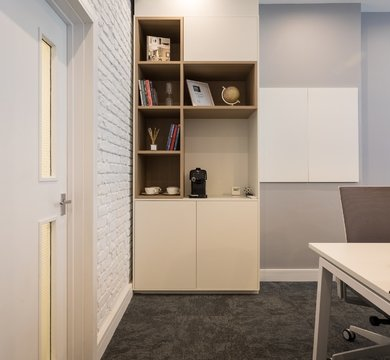 Office layout & design tricks for small spaces