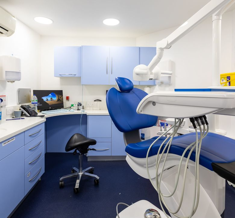 NHS Dentist, Fulham